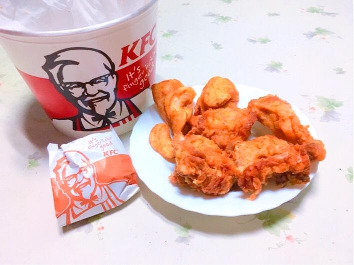 【毎月28日】ケンタッキー「とりの日パック」おすすめ!400円割引でお得に食べれるよ