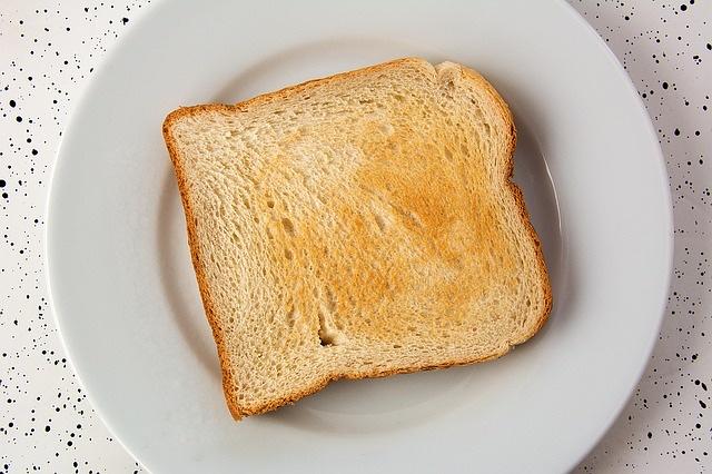 太る高カロリーな食べ物ランキング/第10位:食パン