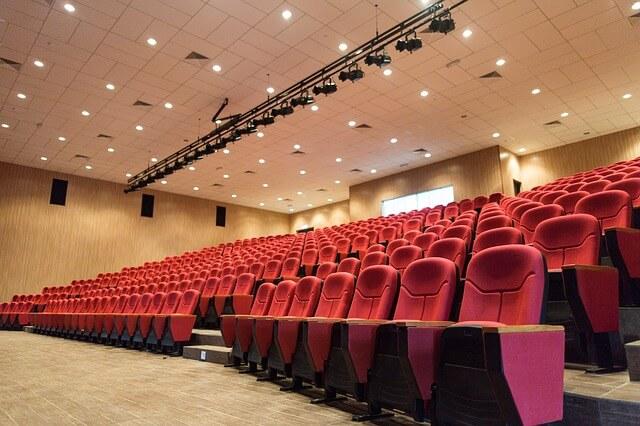 余裕をもって映画館の座席(チケット)を確保する方法
